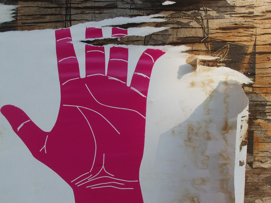 click the magenta handprint of mount mutumbo to try your luck with submission